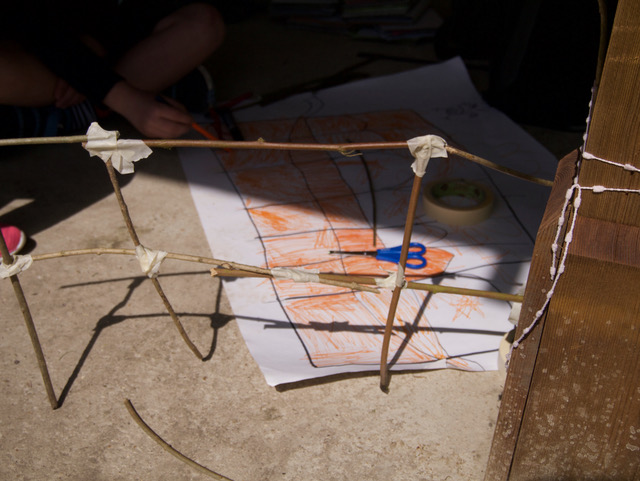 Viaduct drawing and maquette ( Pont du Gard)